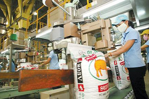 Hàng hóa sản xuất để dùng nội bộ có tính thuế thu nhập doanh nghiệp?